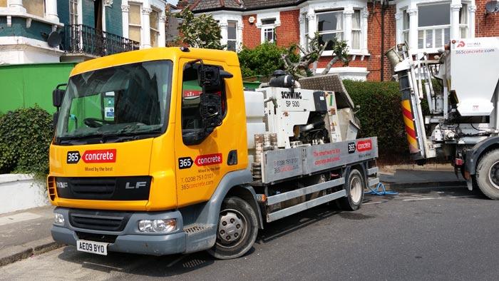 Line Pump Truck for Commercial Concrete and Domestic Concrete