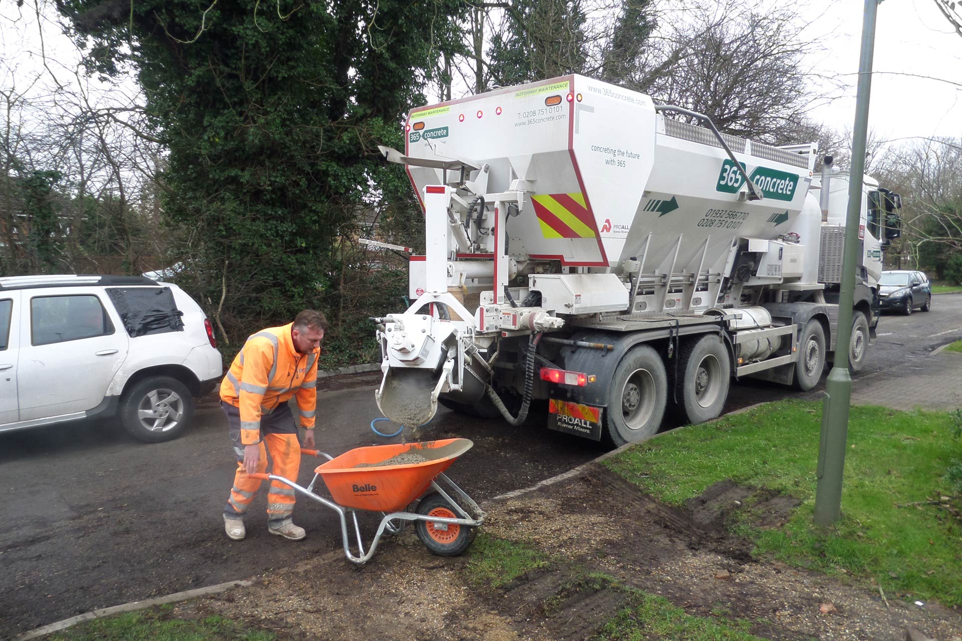 Domestic Concrete delivery in Surrey, Middlesex & Berkshire | 365 Concrete